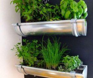 jardines verticales usando tubos PVC o metálicos